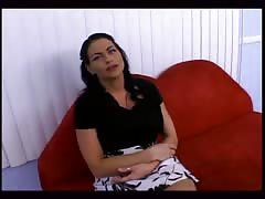 Black-haired milf Harley Raine gives an awesome interview